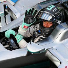 Nico Rosberg saluda desde su W06 Hybrid