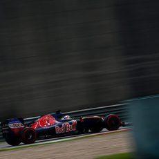 Max Verstappen clasificó en novena posición