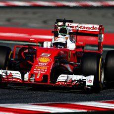 Sebastian Vettel espera comenzar la remontada en el GP de España 2016