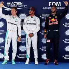 Hamilton, Rosberg y Ricciardo vuelan en Barcelona