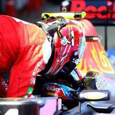 Kimi Räikkönen felicita a Max Verstappen