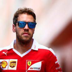 Cara seria de Sebastian Vettel