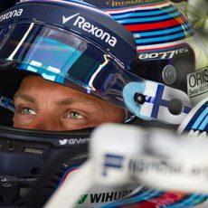Mirada atenta de Valtteri Bottas en Mónaco