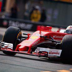 Sebastian Vettel prueba el desgaste del compuesto blando