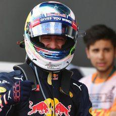 Daniel Ricciardo firma la tercera plaza en clasificación