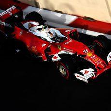 Sebastian Vettel termina cuarto el sábado en Bakú