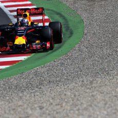 Daniel Ricciardo apura al límite