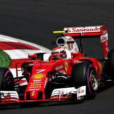 Kimi Räikkönen prueba el ultrablando en Spielberg