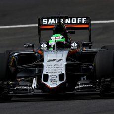 Nico Hülkenberg comprueba el rendimiento del Force India