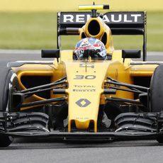 Jolyon Palmer completa los entrenamientos en Silverstone