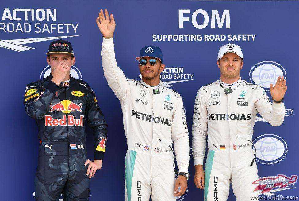 Hamilton, Rosberg y Verstappen los más rápidos en Silverstone