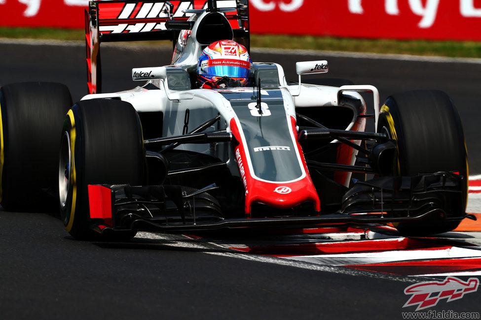 Romain Grosjean busca el tiempo con el blando