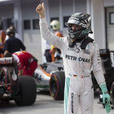 El 'ok' triunfante de Nico Rosberg en Hungría