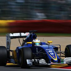 Marcus Ericsson vuela en el trazado de Spa