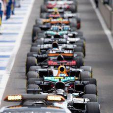 La carrera en Spa se reanuda tras el coche de seguridad