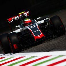 Esteban Gutiérrez rueda con superblandos en Monza