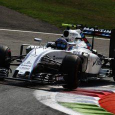 Valtteri Bottas rueda rápido en Monza