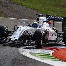 Felipe Massa rueda a buen ritmo con los medios