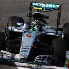 Nico Rosberg lidera la primera ronda de pruebas en Monza