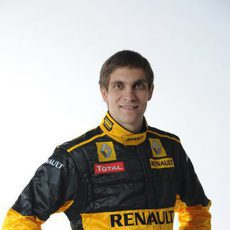 Vitaly Petrov es piloto de Renault
