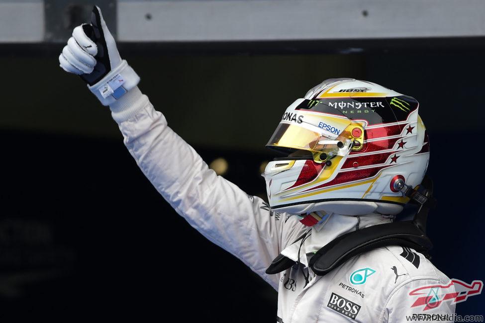 Lewis Hamilton triunfa con su octava pole del año
