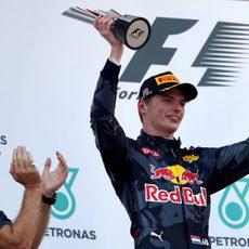 Segundo puesto en el podio para Max Verstappen