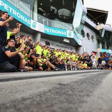Red Bull celebra el doblete conseguido en Malasia