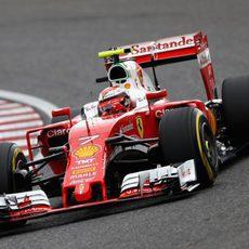 Kimi Räikkönen acaba muy cerca de Mercedes