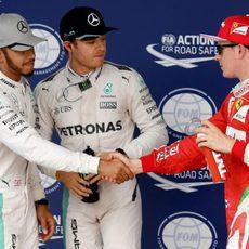 Pole para Nico Rosberg, seguido de Hamilton y Räikkönen
