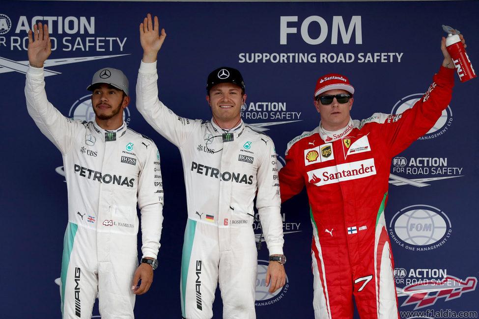 Rosberg, Hamilton y Räikkönen vuelan en Suzuka