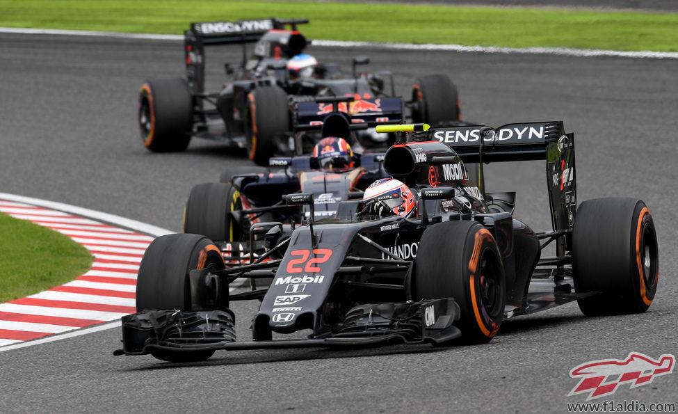 Jenson Button se marcha sin puntos de Japón