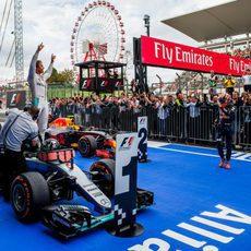 Suzuka se rinde ante el ganador Nico Rosberg