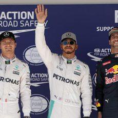 Hamilton, Rosberg y Ricciardo vuelan en clasificación