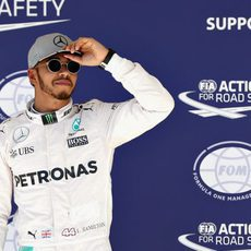 Hamilton gana la partida del sábado al lograr la pole