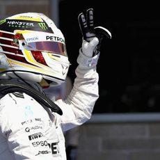 Hamilton muestra su alegría al conseguir la pole