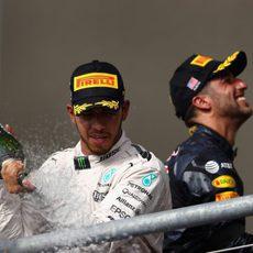 Nuevo podio para Lewis Hamilton y Daniel Ricciardo