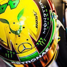 Casco especial de Lewis Hamilton para el GP de Brasil 2016