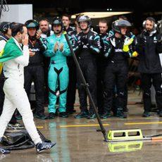 Mercedes aplaude a Felipe Massa por su trayectoria