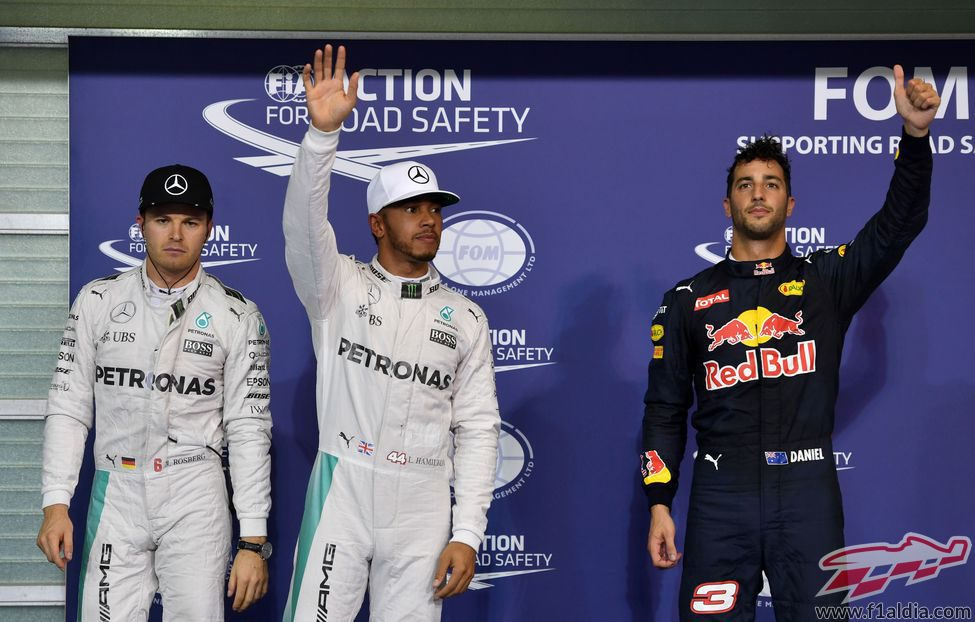 Saludos de Hamilton y Ricciardo tras la clasificación