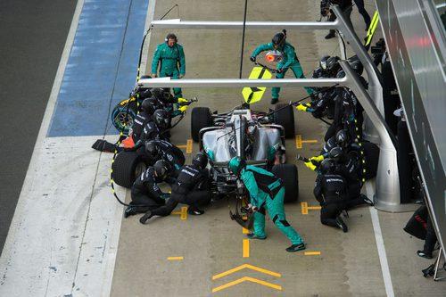 Pit-stop para el Mercedes W08