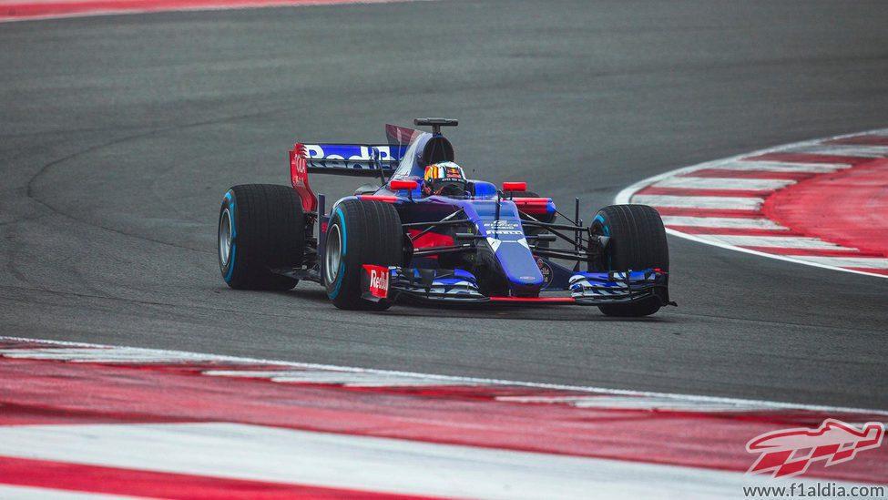 Carlos Sainz dando vueltas al trazado de Misano