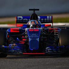 Carlos Sainz conduce el STR12