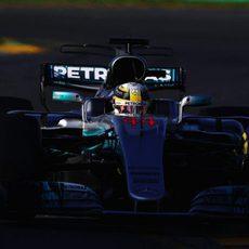 Lewis Hamilton ya tiene rival por las victorias