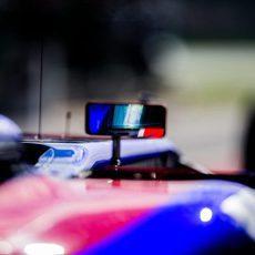 Los pilotos de Toro Rosso mantuvieron su posición tras alguna polémica