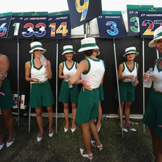Las Pit Babbies del GP de Australia charlando