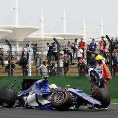 Giovinazzi, accidentado en la Q1