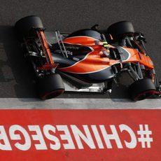 Stoffel Vandoorne quedó bastante lejos de Alonso