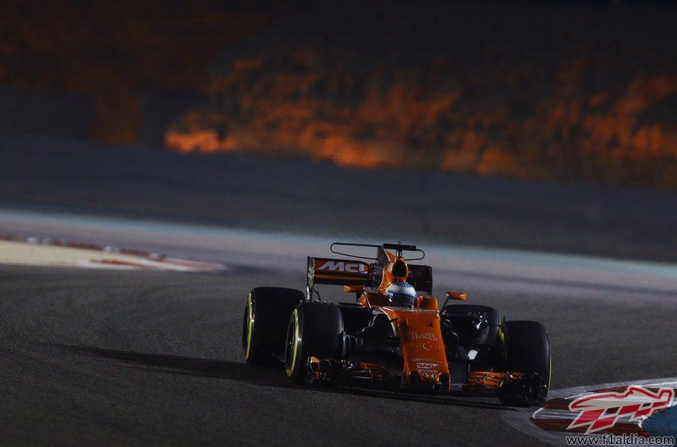 Fernando Alonso, 14º en los Libres 2