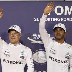 Primera fila de parrilla para Lewis Hamilton y Valtteri Bottas