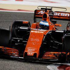 Alonso, por tercera vez consecutiva, tuvo que abandonar la carrera